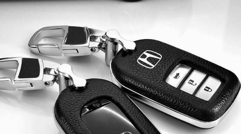 Cách thay vỏ chìa khóa xe hơi nhanh nhất